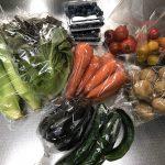 夏野菜満載の茅ヶ崎海辺の朝市へ